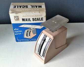 Retro 1969 Scale In Original Box , British Hong Kong Mail Scale , Vintage Kitchen King Scale , 1960s Retro Graphics
