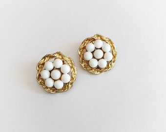 Vintage Gold Tone and White Plastic Flower Beads Clip On Earrings