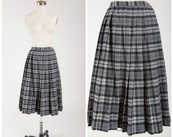1950s Vintage Skirt • Homespun Goodness • Grey Plaid Wool 50s Vintage Pleated Skirt Size Small