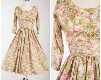 Vintage 1950s Dress • Watercolour Lillies • Green Pink Floral 50s Dress Size Medium