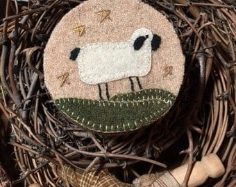 Wool Appliqued Sheep on Covered Box FAAP