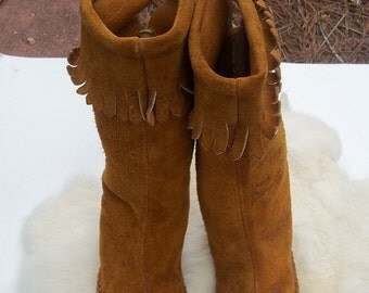 VINTAGE MOCCASIN BOOTS Womens Size 7 Moccasin Boots