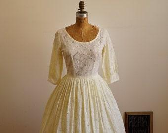 "1950s Cotton Geometric Dot Eyelet Pastel Custard Yellow Fit & Flare Dress w/ 3/4 Length Sleeves 27"" Waist"