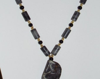 Necklace Grey Stone Pendant Black Bead #622