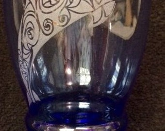 Blue Dolphin Etched Drinking Glass