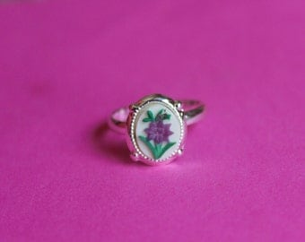 Tiny Purple Flower Dainty Silver Cameo Ring