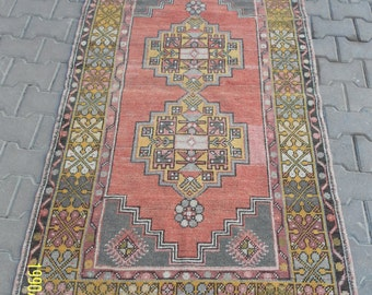 Vintage Oushak Rug / 3 by 6 / Distressed / Vintage Rug / Tapestry / Rustic / Boho / Double Medallion Rug - 75 in x 41 in