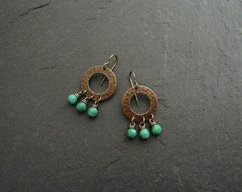 Brass earrings with Amazoniten, earrings with gemstones green, green hammered earrings, gemstone earrings, earrings, boho earrings