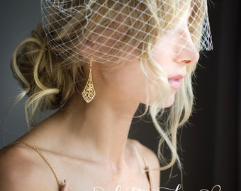 Bridal Art Deco earrings, Gold Vintage deco Earrings, Wedding Crystal earrings, Chandelier earrings, 1920s earrings - 'GIGI'