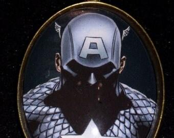 Marvel The Avengers Captain America Large Pendant