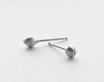 coriander stud earring | silver stud earring | gold stud earrings | minimalist jewelry