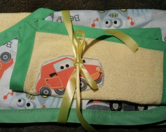 Car themed hooded towel and washcloth set