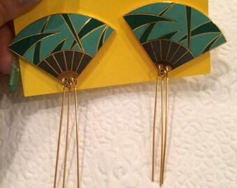 Vintage Asian Fan dangle earrings