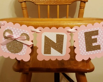Pink and gold Minnie Mouse highchair banner. Pink and gold Minnie Mouse birthday decor. Pink and gold Minnie Mouse banner.