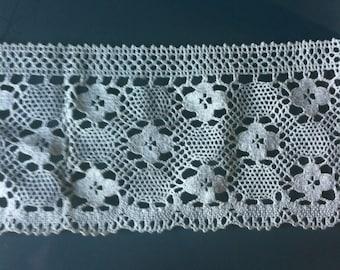 Vintage lace antique lace crochet bobbin lace fabric trim