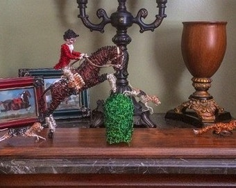 Sculpted Fox Hunting Scene