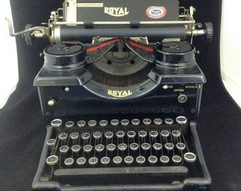 Antique Royal Typewriter 1920's Glass Keys Side Panels Vintage Functional 10 Ten