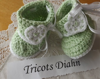0 - 6 months small slippers crocheted sole 10cm