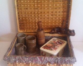 Vintage wicker basket, rustic basket, picnic