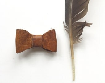 Mini leather remnant bows- carmel