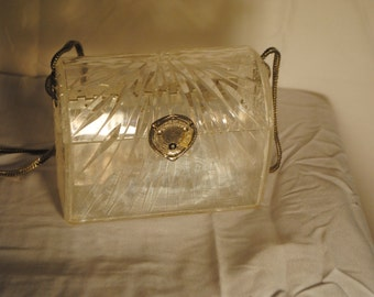 Vintage Clear Lucite Wilardy Etched Deco Evening Bag Purse Turtle Clasp Collectible Chain
