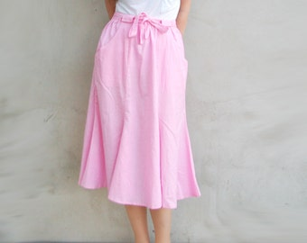 Soviet Vintage 70s Blush Pink Bow Tie Front Pocket Cotton Summer Skirt / Hipster Retro Women Clothing Size M Made in USSR 1970s Pastel L