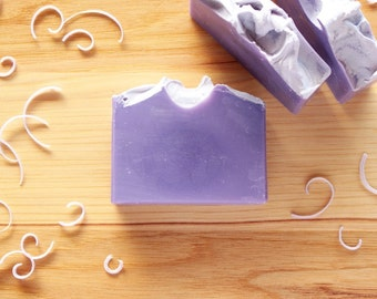 Lilac Handmade Soap, Natural Soap, Purple Soap, Wedding Favor, Baby Shower Favor, Cold Process Soap, Moisturizing Soap, Made in Michigan
