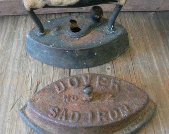 Sad Iron DOVER NO. 62, Collectible Sad Iron, Rustic, Farmhouse, Country Home Decor - 1930s - 40s