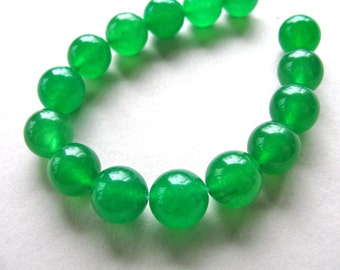 Jade beads, green Jade, 15 beads, dyed Jade, 12mm - 172