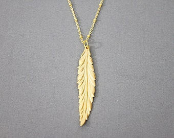 Gold Leaf Charm Long Necklace Delicate and Stylish Necklace Birthday Gift Simple Everyday Necklace