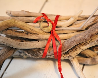 25 driftwood pieces from Cornwall- selection of 9 to 40 cm long- perfect for craft & displays- bulk