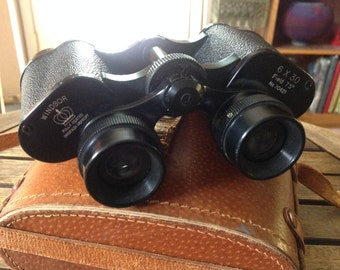Vintage Windsor Binoculars 6 X 30 Field  7.5 degrees w/ Case - No. 30421