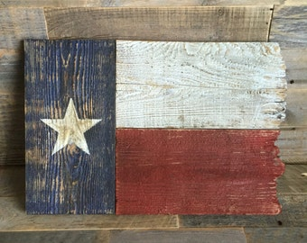 Rustic & Tattered Wooden Texas Flag