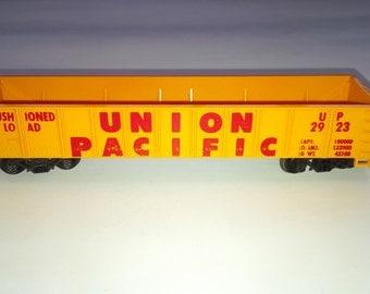 Vintage Tyco HO Scale Model Railroad Train Union Pacific 2923 40' Open Gondola CAr