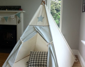 Star and Stipes teepee / large tepee/ tipi play tent