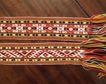 Handwoven Latvian belt from Krustpils (2)