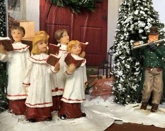 Christmas Caroling Birdhouse