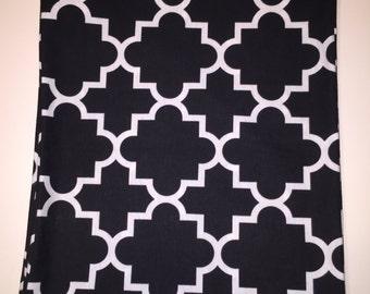 Black and white lattice Scarf