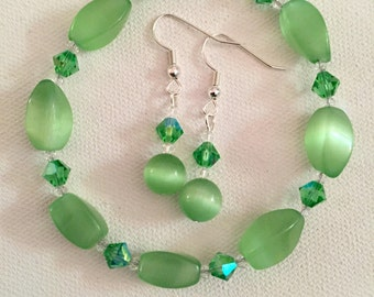 Envy green bracelet and earring set