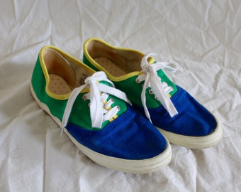 Vintage multi-colored canvas sneakers!
