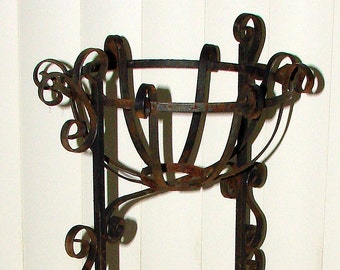 Iron Plant Stand Vintage Unique Iron Pot Holder Ornate 50s-60s Chic Indoor Outdoor