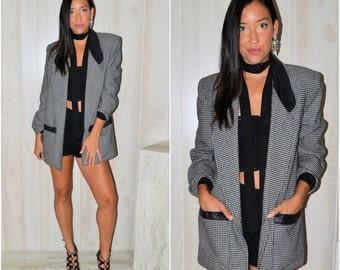 Hounds-Tooth Blazer Long Sleeve Merino Wool Mod Modern Women's Small Medium Vintage 90's Oversize Boyfriend Blazer Black White High Fashion