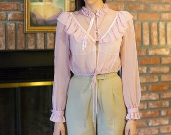Vintage Pink Ruffle Blouse 70s in Size Small