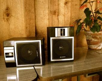 Vintage 1980' Petite Boombox Speakers//1980's SONY Stereo speakers//bookshelf speakers