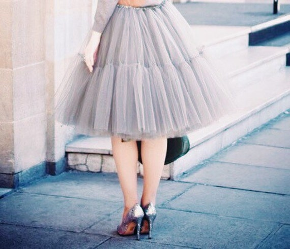 Grey very fluffy full layered petticoat tulle skirt tutu for Fluffy skirt under wedding dress
