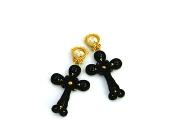 Goth earrings, crystal earrings, black earrings, steampunk earrings, Black earrings, cross earrings, Black cross earings, soutache earrings