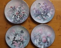 TAN CHUN CHIU Collectors Plates. Limited Edition Jewels of the Flowers Collection.  Flower Plates. 1991. Butterflies.  Set of 4 Plates