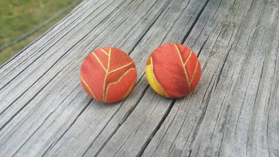 Button Earrings, Fall Jewelry, Fashion Jewelry, Costume Jewelry, Fabric Earrings, Round Earrings, Fall Earrings, Leaf Earrings, Nickel Free