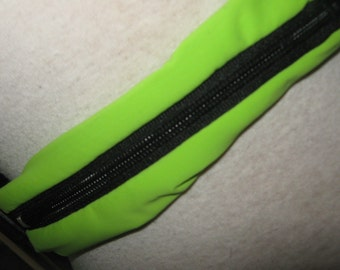 Belts to carry emergency epinephrine supplies such as epi-pens, Auvi-q, etc.