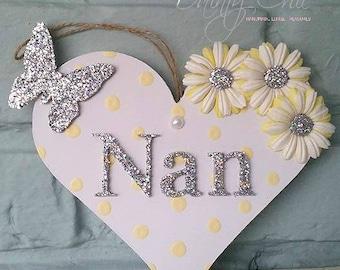 Nan Hanging Sweethearts